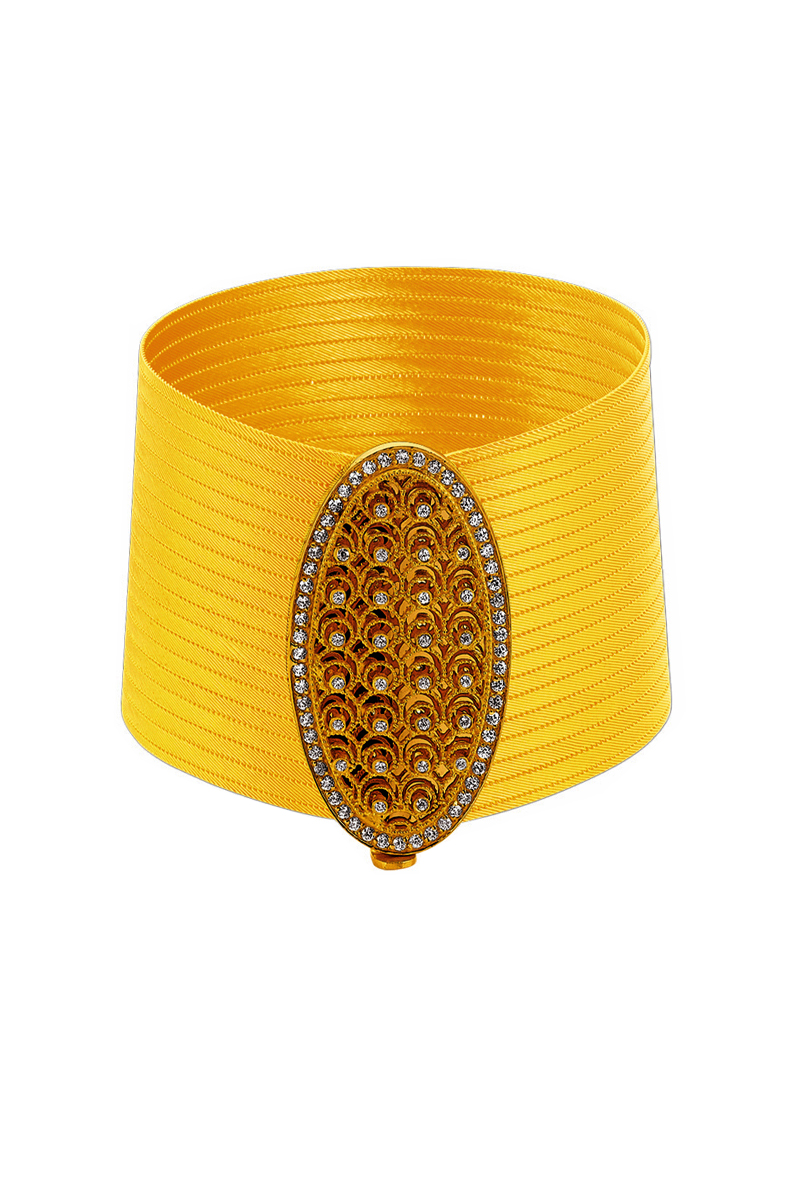 Wide Gold Platinum And Diamond Mesh Cuff Bracelet Mauboussin The Flexible Gold Mesh Edged By Four Rows Of Interlocking Gold Link Moda Taki Gumus Bileklik